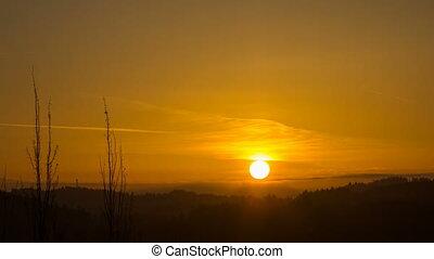 Sunrise over Oregon Cascade Range - Sun Rising over Oregon...