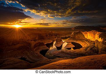 Sunrise over Reflection Canyon