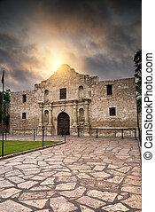 Sunrise Over the Alamo