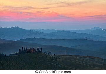 Sunrise Tuscany landscape - Rural countryside landscape in...