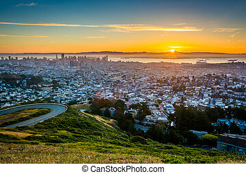 Sunrise view from Twin Peaks, in San Francisco, California.