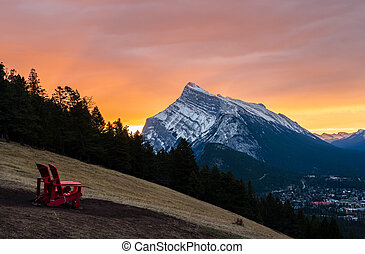 Sunrise view of Mount Rundle in Banff National Park, seen from Norquay Overlook in Banff National Park in Alberta, Canada
