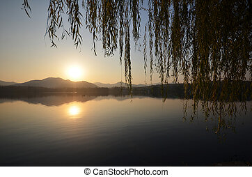Sunset around the West Lake in Hangzhou