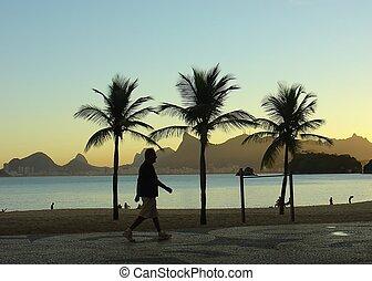 Sunset at the beach in niteroi, rio de janeiro, brazil