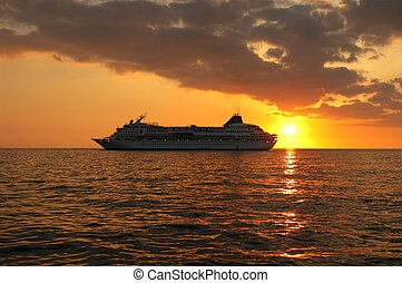 Sunset Cruise Ship - A cruise ship off the coast of Hawaii...