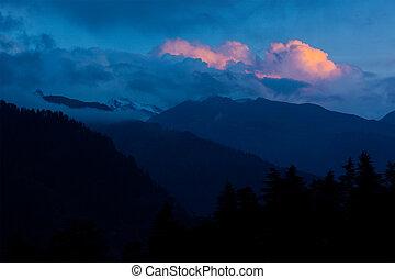 Sunset in Himalayas. Manali, Kullu Valley, Himachal Pradesh...
