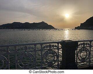 Sunset in San Sebasti?n