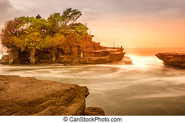 Sunset in Tanah Lot temple, Bali, Indonesia
