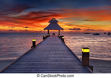 Sunset in the paradise - Awsome vivid sunset over the jetty ...