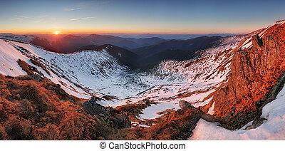 Sunset in winter - autumn mountain