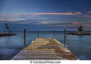 Sunset on lake Ontario - Long exposure shot of lake Ontario...