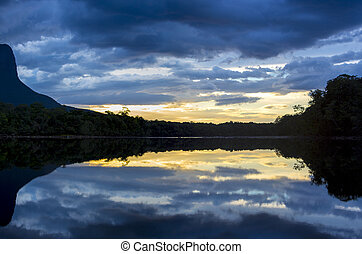 Sunset on the Auyantepui mountain in the Canaima National ...