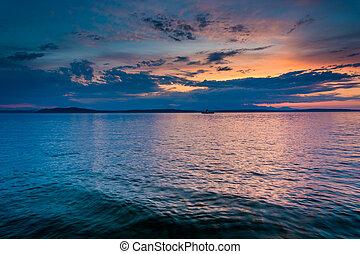 Sunset over Elliott Bay, seen from West Seattle, Washington.