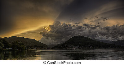 Sunset over the Lugano Lake