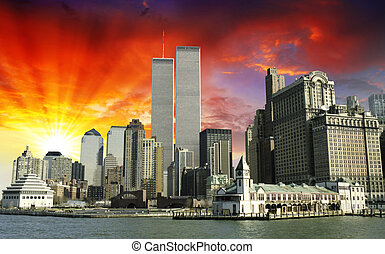 Sunset over World Trade Center, New York City