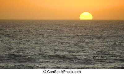Sunset Pacific Ocean Orange Sun Cloudless Sky Waves Fast...