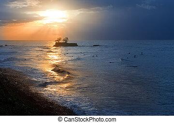 sunset., tahiti., οκεανόs , polynesia.