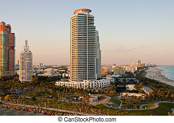 Sunset Towers in Miami