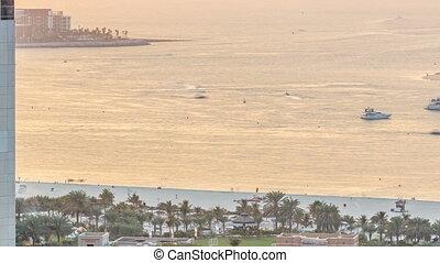 Sunset view of beach on JBR timelapse - Jumeirah Beach...