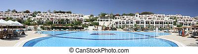 Sunshine hotel panorama