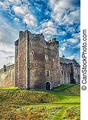 Sunshine on Scottish Castle