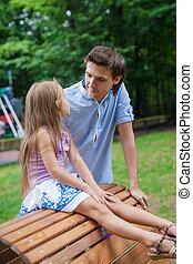 suo, figlia, seduta, legno, padre, ritratto, sedia