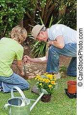 suo, giardino, lavorativo, nipote, nonno