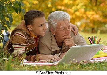 suo, nipote, nonno, fuori, ritratto, disegno