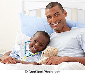 suo, padre, bambino ammalato