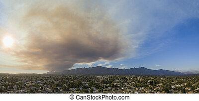 Super big smoke over San Gabriel