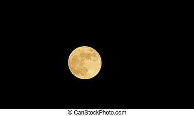 Super moon time lapse footage in Spain, 31. January 2018