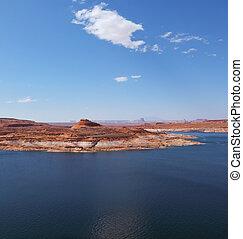 Superb huge and beautiful Lake Powell in the red desert of Utah and Arizona