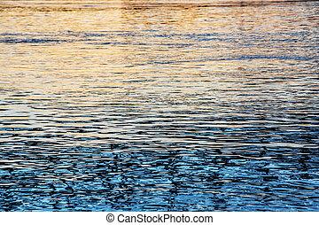 superfície água, de, rio danúbio, em, pôr do sol