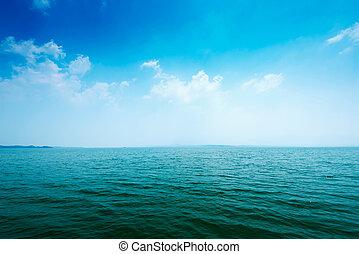 superficie del agua, océano
