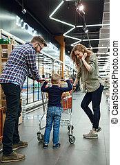 supermercato, indietro, famiglia, vista