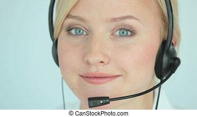 Support service - Customer support representative consulting...
