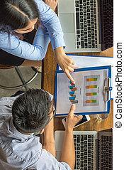 sur, angle, business, élevé, équipe, rapport, financier, discuter, vue
