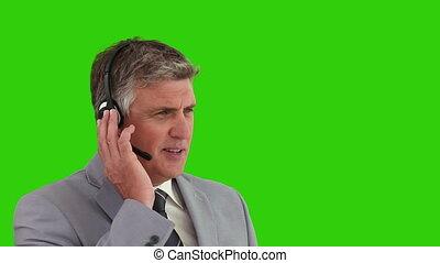 sur, casque à écouteurs, homme affaires, personnes agées, parler