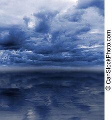 sur, ciel obscurci, mer