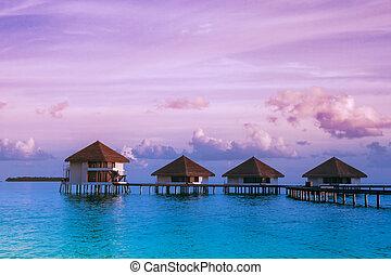 sur, eau, pavillons