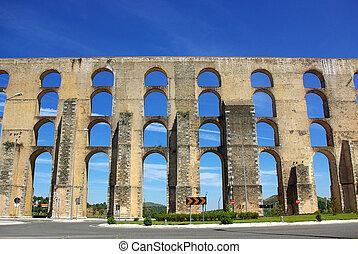 sur, elvas, ciudad vieja, acueducto, portugal.