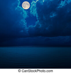 sur, nuages, mer, lune