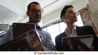 sur, numérique, cadres, tablette, discuter, 4k, bureau