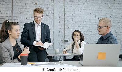 sur, professionnels, projet, conversation, usure, nouveau, vêtements, formel