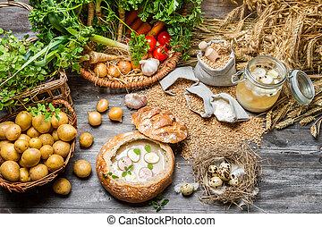 sur, soppa, med, vaktel egga, och, nya vegetables