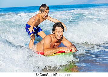 surf, estilo de vida, onda, padre, despreocupado, juntos, hijo, tándem, gracioso, diversión, sonriente, océano, feliz