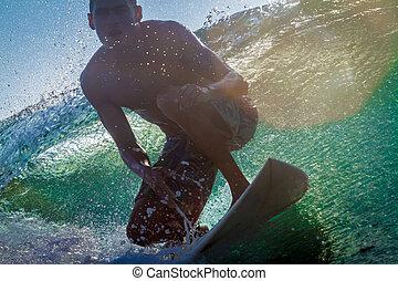 surfando, um, wave.