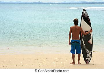 surfer, stehende , auf, sandstrand, mit, funky,...