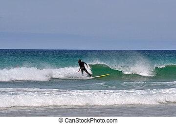 surfeur, femme, vague