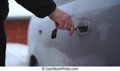 surgelé, voiture, door., il, très, clã©, froid, ouvre, homme